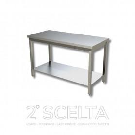Tavolo inox con ripiano di fondo, senza alzatina posteriore. Dim.cm. 140x60x85h *COME NUOVO*