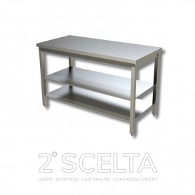 Tavolo inox con 2 ripiani di fondo, senza alzatina posteriore. Dim.cm. 60x70x85h *COME NUOVO*