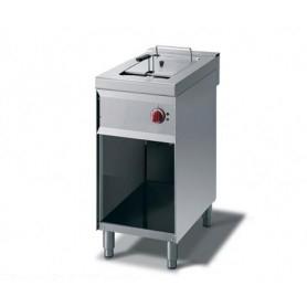 Friggitrice elettrica ad 1 vasca da lt. 8. Dim.cm. 40x70x85H. - Potenza termica 5.10 Kw.