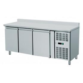 Tavolo Refrigerato 3 porte, con alzatina. 420 Lt. Acciaio inox. -2°/+8°C. - Cm. 179,5x70x85H.