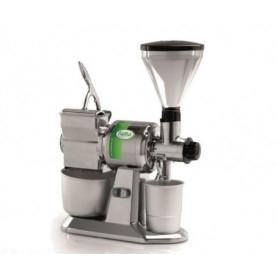 Macina Caffé e Grattugia - Produzione oraria formaggio 50 Kg. - Produzione oraria Caffè/Pepe 10 Kg.